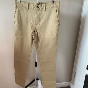 Old Navy Relaxed Slim Chinos
